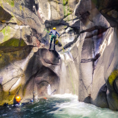 Descending Box Canyon, Squamish