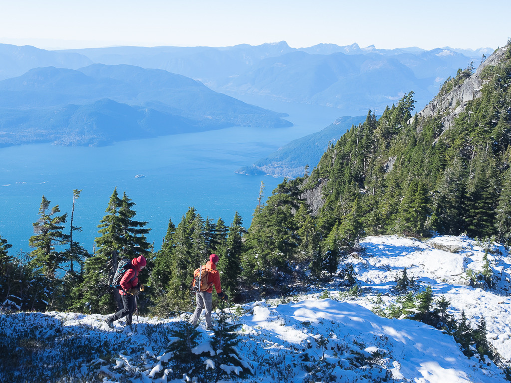 Views of the Howe Sound while hiking the ridge to the summit of Hat Mountain.