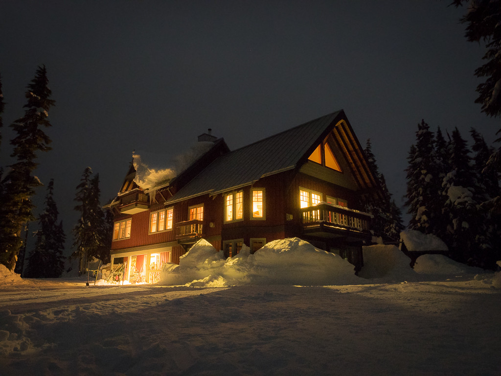 The Journeyman Lodge at night.